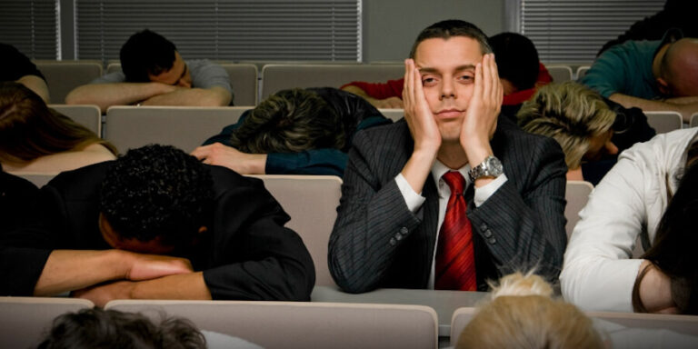 Juhend tudengile – Kuidas igavat loengut üle elada